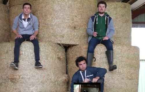 N° 112 Un clip  pour alerter sur le suicide des agriculteurs en France.