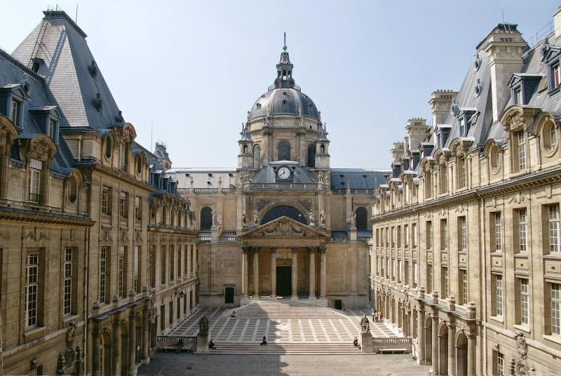 N° 113 Histoire des universités d'Europe