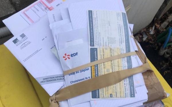 N° 209 Courrier express : de la boîte aux lettres à la boîte à ordure !